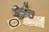 NOS Honda 1989-90 GB500 Left Handlebar Clutch Lever Bracket Perch 53172-KR3-900