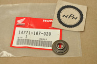 NOS Honda ATC110 ATC125 ATC185 ATC200 CB350 CB400 CB450 CB500 CB550 TL125 TRX125 TRX200 XR75 Valve Spring Retainer 14771-107-020