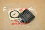 NOS Honda CBR600 CBR900 RC45 VF1000 VF700 VFR700 VFR750 Turn Signal Stay 33691-MB2-003