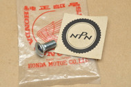 NOS Honda ATC70 K0-1985 1986-1987 TRX70 Fourtrax Wheel Bolt 90101-937-000