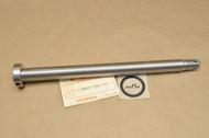 NOS Honda CB450 K1-K7 CB500 T CL450 K0, K2-K6 Rear Wheel Axle Shaft 42301-292-000