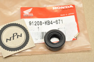 NOS Honda ATC70 C70 C100 C102 C110 C200 CL70 CL90 CT110 CT70 CT90 XL80 XR80 Z50 Oil Seal 91208-KB4-671