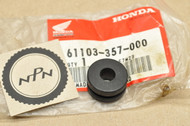 NOS Honda ATC125 ATC250 CBR1000 CBR600 TRX250 VFR700 XL500 XR500 Fender Setting Rubber 61103-357-000