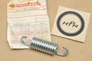 NOS Honda CA72 CA77 Brake Shoe Spring 45133-253-000