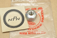 NOS Honda C100 C102 C105 C110 C200 CL70 CL90 CM91 CT200 CT90 S65 S90 Wheel Axle Nut 90305-001-000