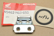 NOS Honda XR250 R XR600 R Front Brake Cable Holder Clamp B 45462-MG3-650
