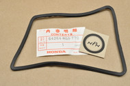 NOS Honda GL1200 Gold Wing Aspencade Interstate Right Speaker Grille Rubber 64264-MG9-770