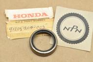 NOS Honda CA160 CA72 CA77 CA95 CB450 CB500 CB72 CB77 CB92 CL450 CL72 CL77 SS125 Oil Seal 91205-200-005