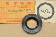 NOS Honda 1986-89 TRX350 Fourtrax Final Gear Case Oil Seal 91252-HA7-671