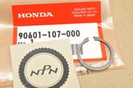 NOS Honda ATC350 CB400 CBR600 CL125 MR50 SL125 VF500 XL250 XL600 XR350 XR75 Circlip 90601-107-000
