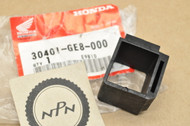 NOS Honda ATC200 CBR600 F4 NB50 NQ50 PC800 VFR750 VT700 VT800 CDI Mount Rubber Holder 30401-GE8-000