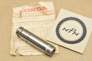 NOS Honda CB750 K2-1977 CB750A Hondamatic CB750F Exhaust Valve Guide 12027-300-330