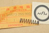NOS Honda CA72 CA77 CB72 CB77 CL72 CL77 Oil Guide Metal Spring 25573-259-000