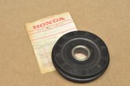 NOS Honda CA72 CA77 CB72 CB77 CL72 CL77 Cam Chain Guide Roller 14611-250-310