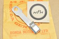 NOS Honda C100 CA100 C102 CA102 C105 CA105 T Speedometer Cable Clip 45452-001-000
