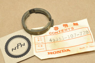 NOS Honda CB125 S FL250 Odyssey MT125 R Brake Caliper Thrust Plate Guide 45351-107-720