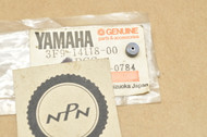 NOS Yamaha FJ1200 FZ600 VMX12 XJ700 XS400 XS650 XT225 XT250 XV1100 YX600 Carburetor Plug 3F9-14118-00