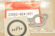 NOS Honda CR80 R XR50 R XR70 R Drive Sprocket Fixing Plate 23802-GC4-601