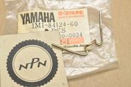 NOS Yamaha DT175 DT250 DT400 DT80 GT80 XJ700 XT250 XT500 XV1100 XV700 Head Light Set Spring 1M1-84124-60