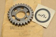 NOS Yamaha 1980-81 IT125 1977-79 IT175 1977-81 YZ100 1977-80 YZ125 Third 3rd Wheel Gear 27T 1W1-17231-01