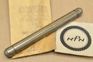 NOS Yamaha 1977 YZ400 Gear Shift Fork Guide Bar 1W4-18535-00