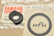 NOS Yamaha FZR400 FZR600 Fuel Tank Cover Rubber Damper 1WG-24665-00