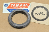 NOS Yamaha AT1 CT1 DT2 DT250 R3 RD250 RT1 SR500 TX650 XS500 XS650 XT500 Wire Harness Grommet 214-84153-60