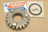 NOS Yamaha 1970-71 TR2 Third 3rd Wheel Gear 20T 239-17231-00