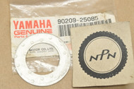 NOS Yamaha DT2 DT250 IT250 IT490 MX250 MX360 RT1 TY350 WR250 YZ250 YZ400 YZ80 Crank Shaft Washer 90209-25085