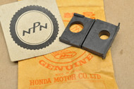 NOS Honda MB5 XL100 XL125 XL185 XL200 XL80 Turn Signal Stay Mount Rubber 33612-437-710