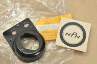 NOS Kawasaki 1983 EX305 1982-83 KZ550 GPz Right Turn Signal Bracket 23051-1069