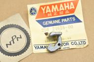 NOS Yamaha TA125 TD2 TD3 TR2 TR3 TX650 TZ250 TZ350 TZ750 XS1 XS2 Gas Fuel Cap Hook 256-24628-00