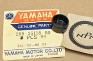 NOS Yamaha GT1 GT80 HT1 JT1 MX80 SR250 TA125 TW200 TY250 XJ650 Speedometer Gear Cap Plug 288-25139-00