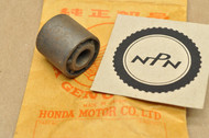 NOS Honda CA175 CB160 CB175 CB200 CL160 CL175 CL200 NA50 NC50 NH80 SL175 Rear Swing Arm Bushing 52109-222-810
