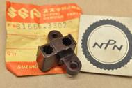 NOS Suzuki 1972-77 GT380 GT550 Stator Brush Holder 31656-33020