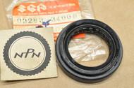 NOS Suzuki 1987-97 LT-4 WD Oil Seal 34x52x9 09283-34008