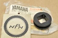 NOS Yamaha DT175 DT250 DT360 DT400 TX500 TX750 XJ1100 XS1100 XS750 Turn Signal Damper 341-83321-01