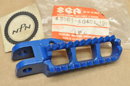 NOS Suzuki DR100 DR250 RM125 RM250 Blue Left Foot Rest Peg 43561-40401-19F