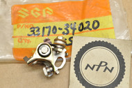 NOS Suzuki 1972-77 GT550 Middle Ignition Points Contact Breaker 33170-34020