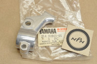 NOS Yamaha DT2 IT250 IT400 IT425 MX250 MX360 MX400 TX650 TY250 XS1 Clutch Lever Perch Holder 214-82911-01