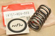 NOS Honda TRX300 Fourtrax Valve Outer Spring 14751-HC4-003