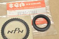 NOS Suzuki DR250 RM100 RM125 RM250 RM80 RMX250 Oil Seal 09285-17001