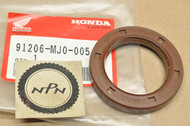 NOS Honda VF1000 VF700 VF750 Left Crank Case Cover Oil Seal 91206-MJ0-005