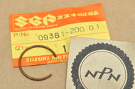 NOS Suzuki GN400 SP370 SP400 TM400 TS400 Piston Pin Circlip 09381-20001