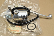 NOS Yamaha 1969-70 L5T Right Handlebar Turn Signal Switch & Lever Assy 234-82920-31-94