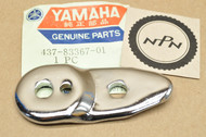 NOS Yamaha 1974-75 DT100 1976 DT125 Turn Signal Flasher Stay Bracket 437-83367-01