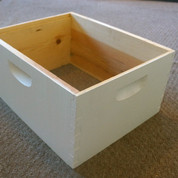 10 FRAME ASSEMBLED PAINTED DEEP HIVE BODY (PALLET QUANTITY 84) BUY TWO PALLETS & SAVE $1 PER BOX