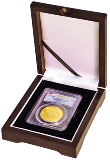 One coin wood box display for PCGS and NGC graded coins