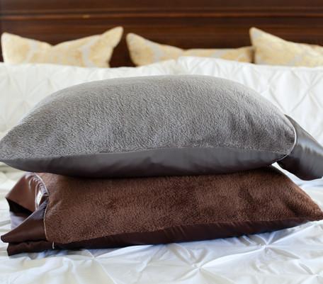 Nap Amp Travel Pillow Silkie Amp Plush Comfort Silkie