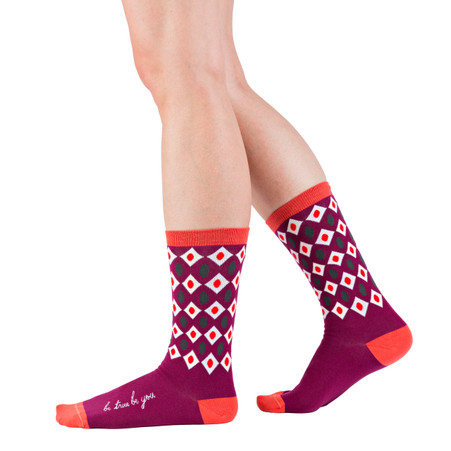 Be True Be You pink, modern, graphic fashion socks by Posie Turner. Socks with inspiring messages.